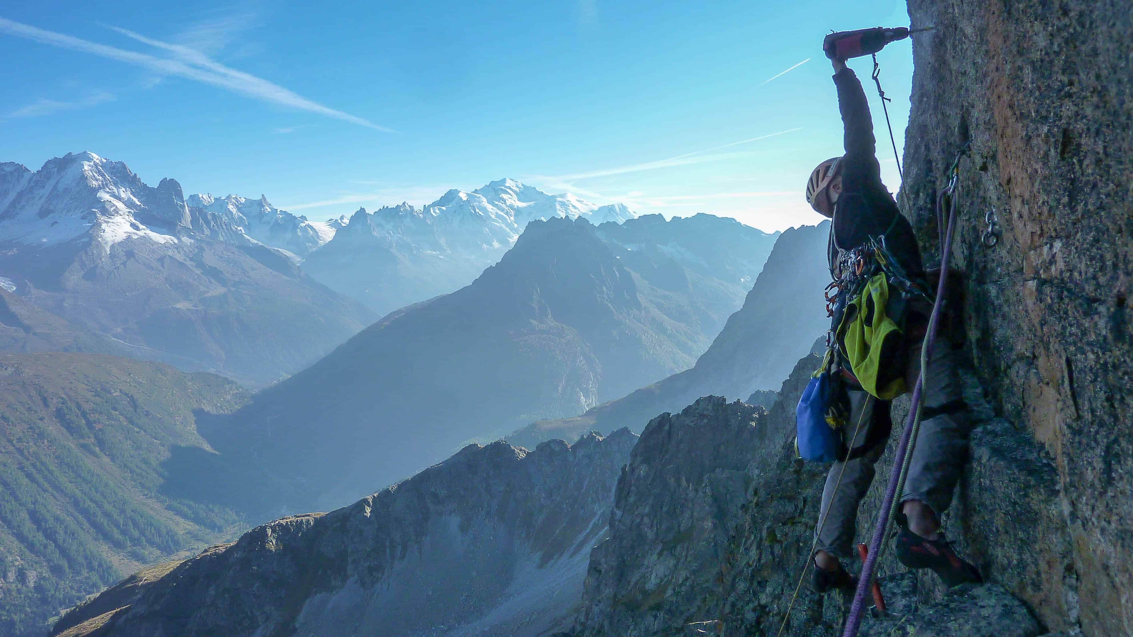 """Ouverture de """"Premier matin du monde"""" aux Perrons- Aiguilles Rouges à Chamonix"""